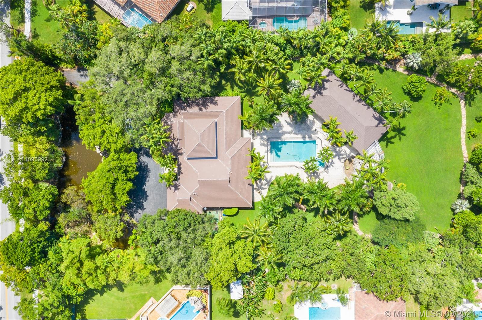 Single Family Home,For Sale,12850 SW 57th Ave, Pinecrest, Florida 33156,Brickell,realty,broker,condos near me