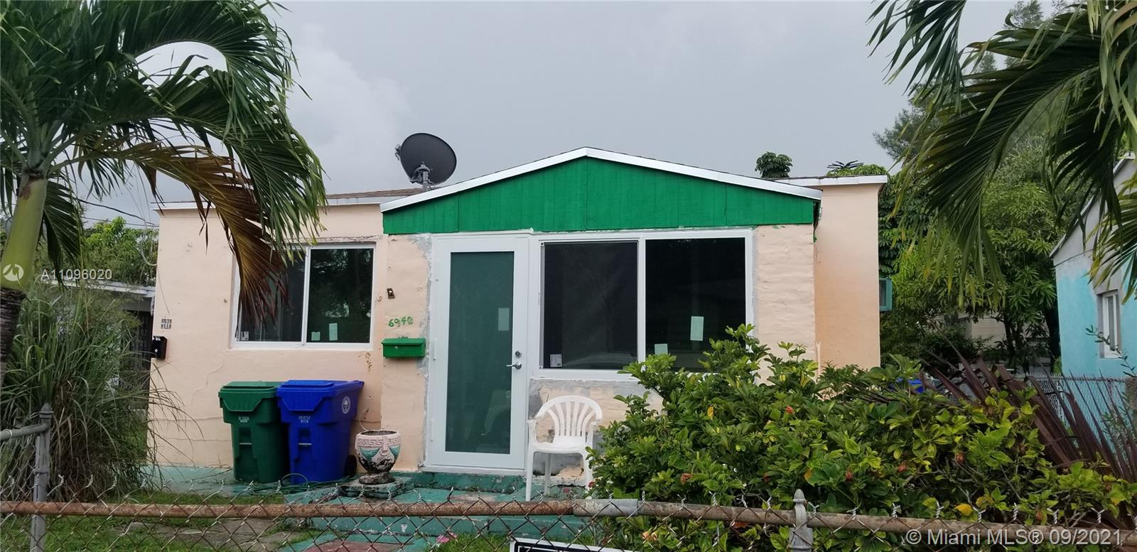 6938 NW 6th Ave, Miami, Florida 33150, ,Residential Income,For Sale,6th Ave,A11096020