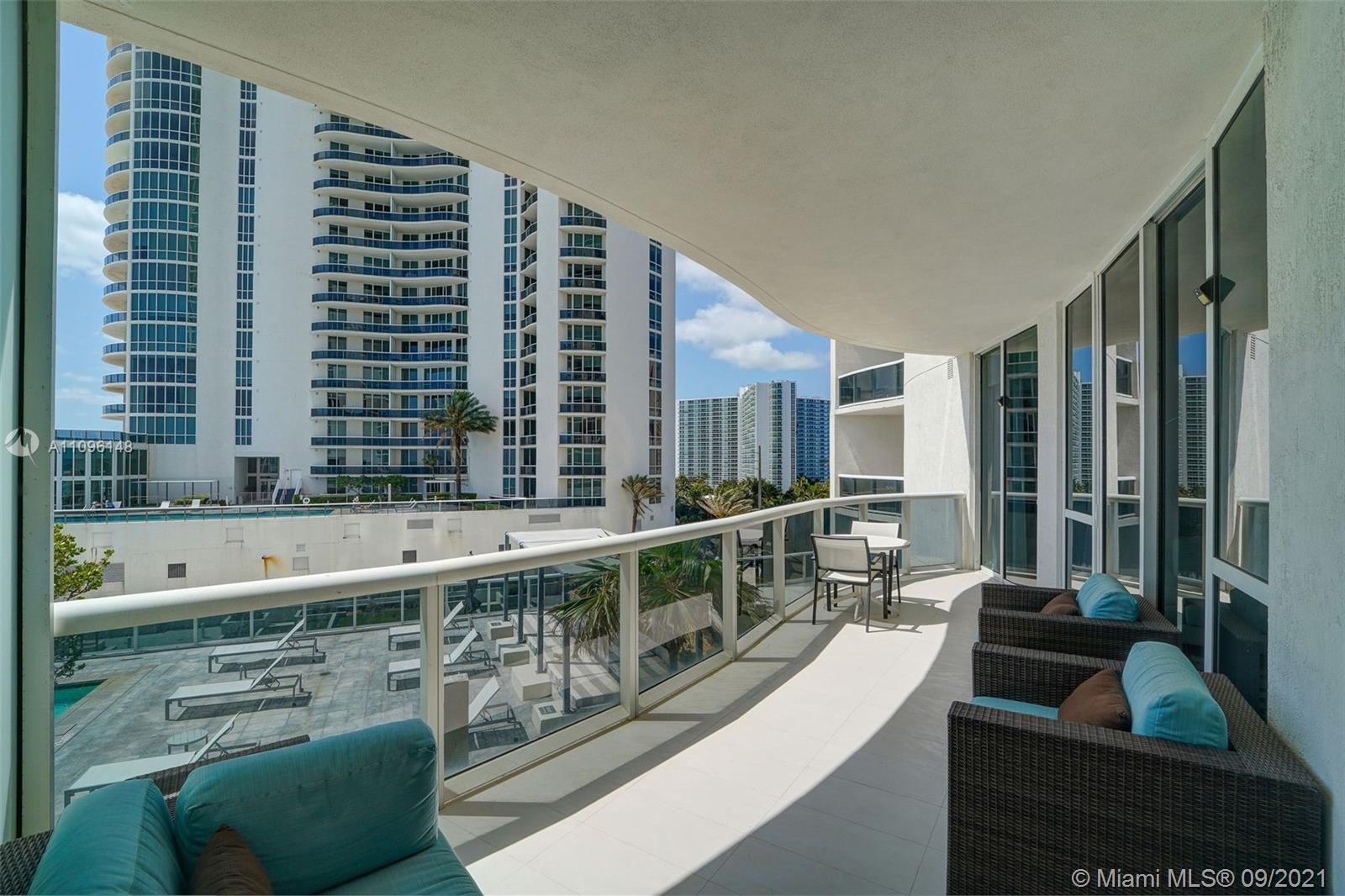 16001 Collins Ave #507 photo027