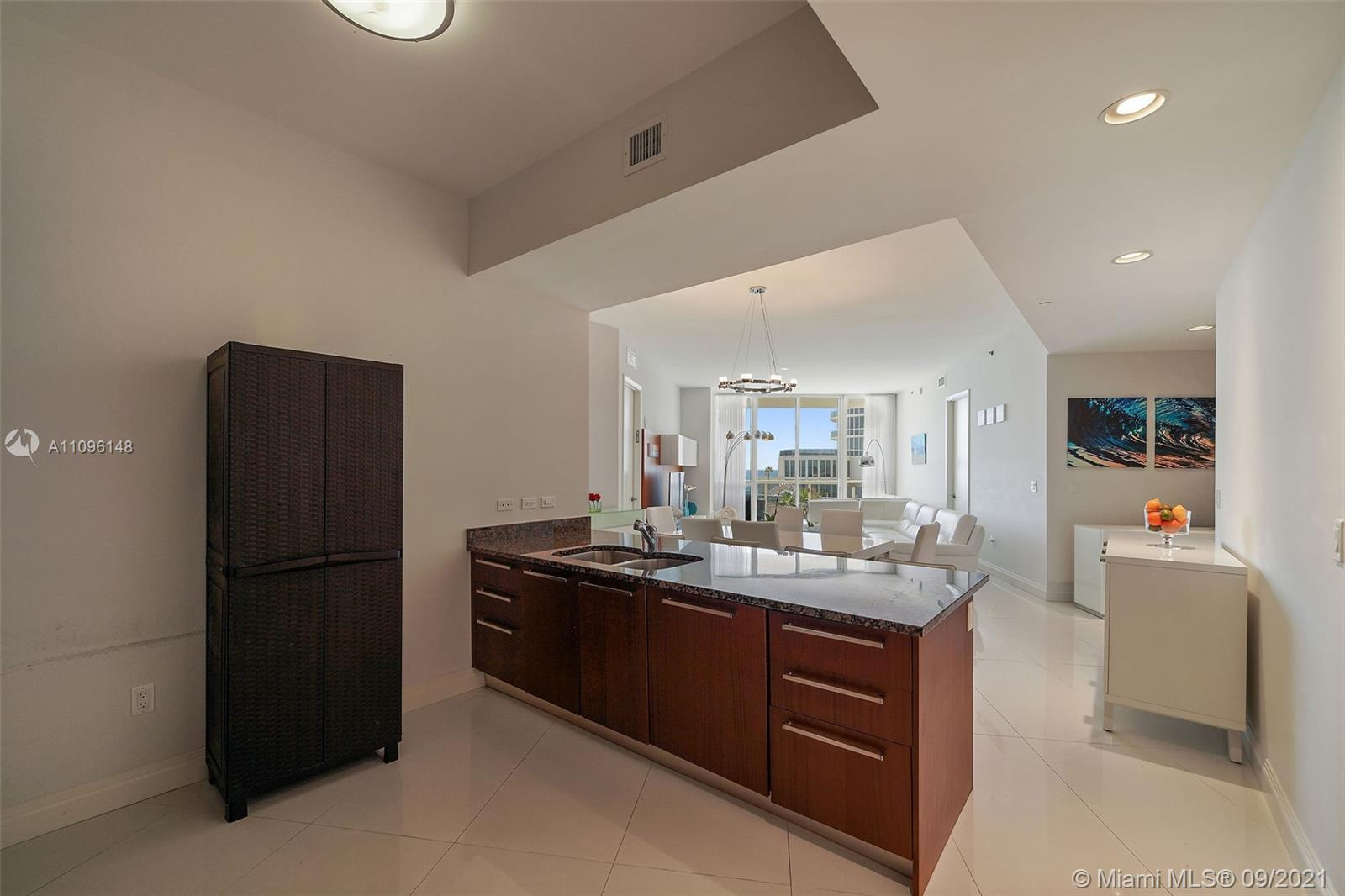 16001 Collins Ave #507 photo012