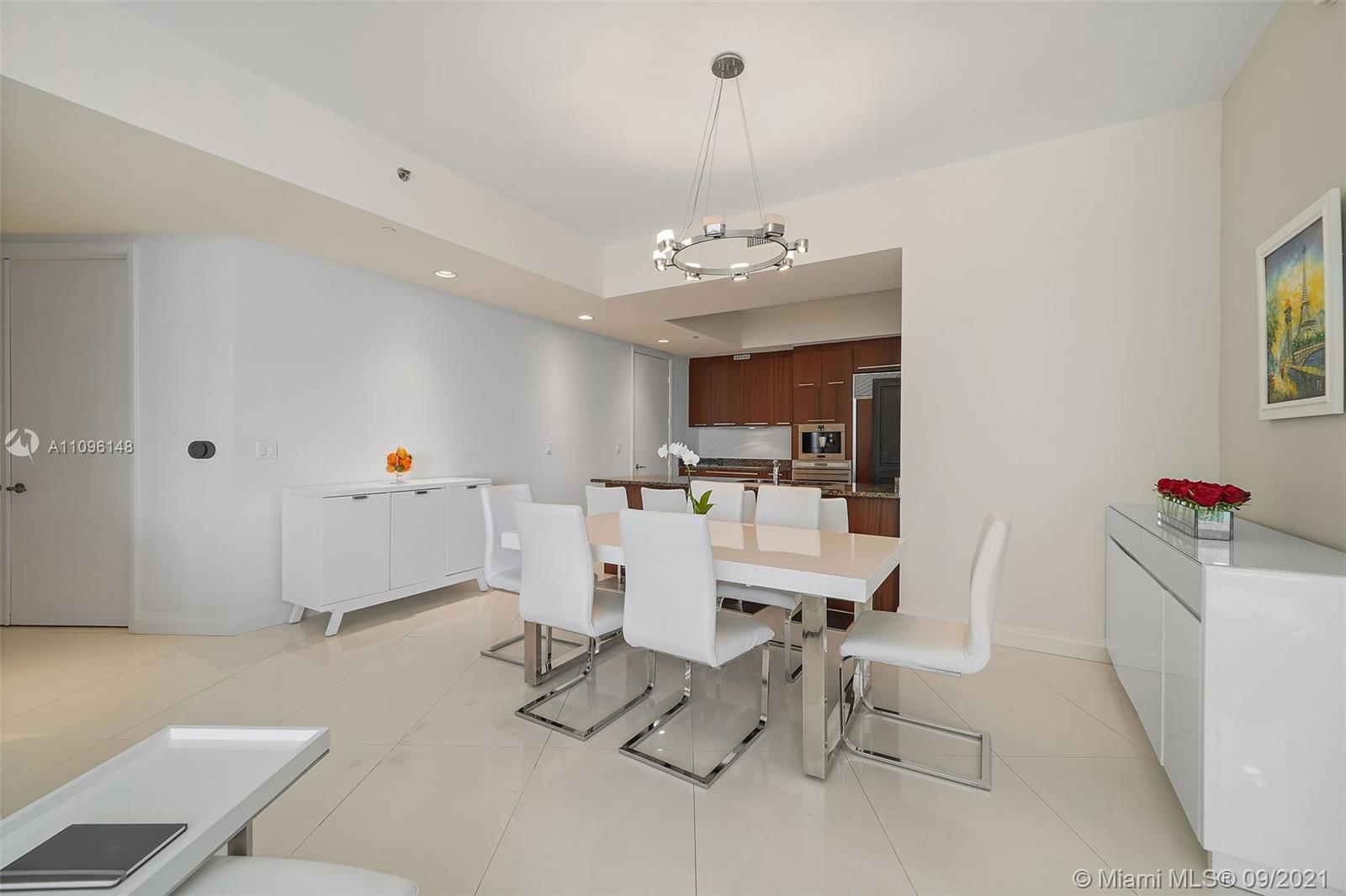 16001 Collins Ave #507 photo08