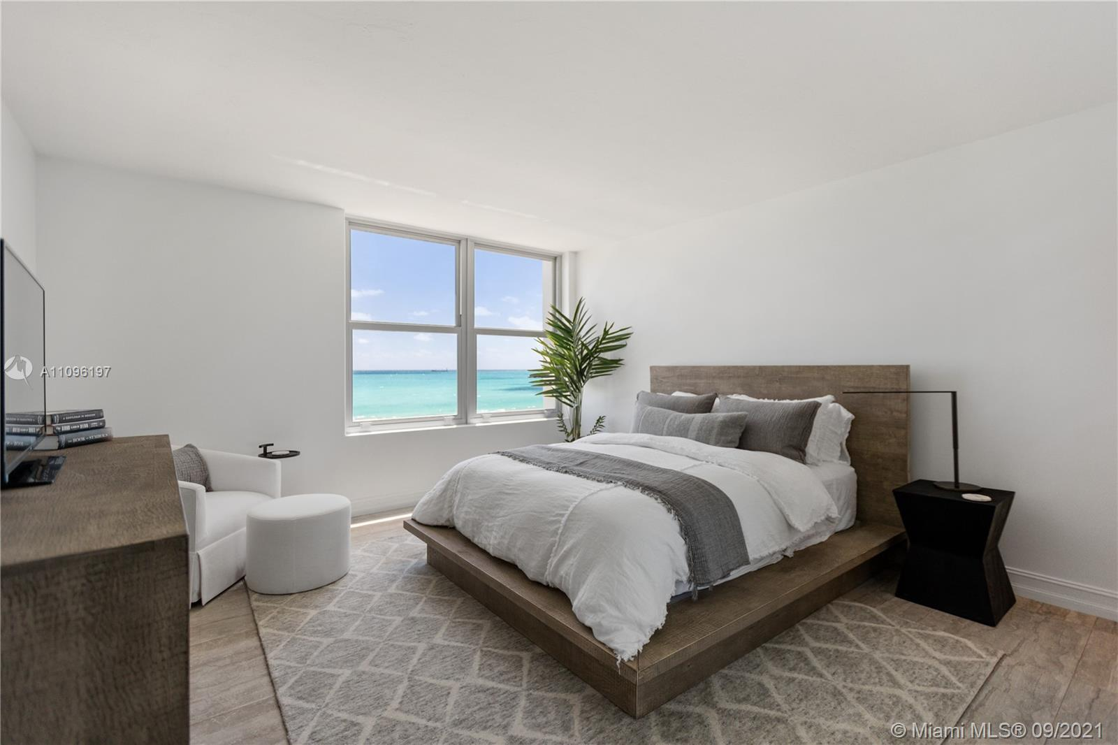 2899 Collins Ave #1029 photo07