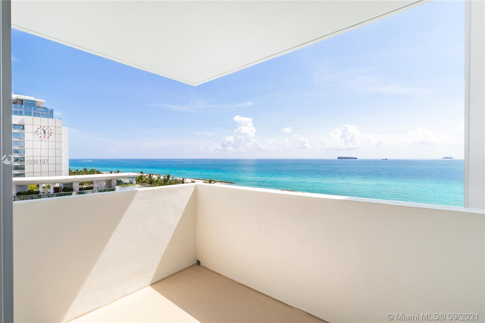 2899 Collins Ave #1029 photo05