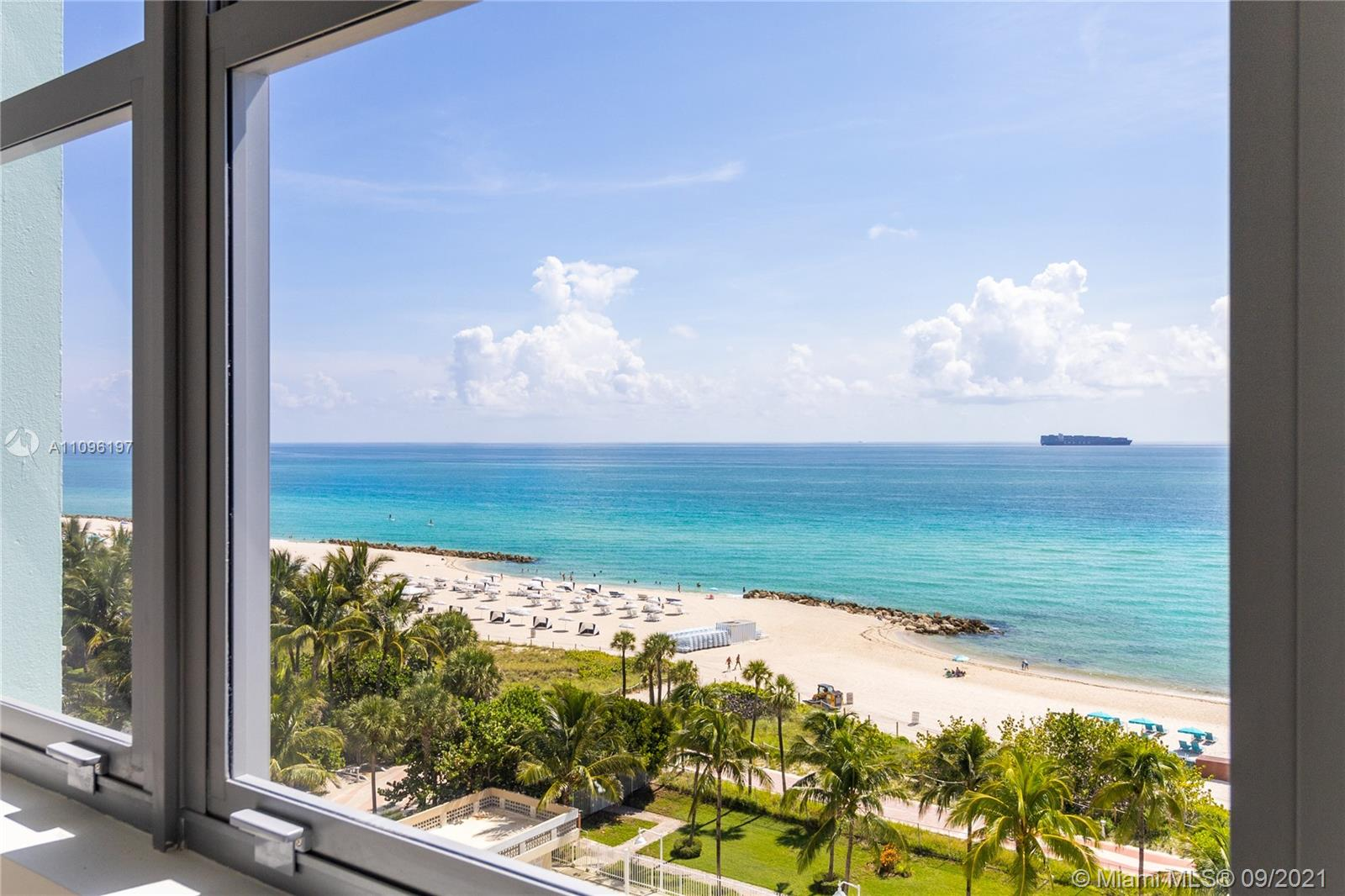 2899 Collins Ave #1029 photo08