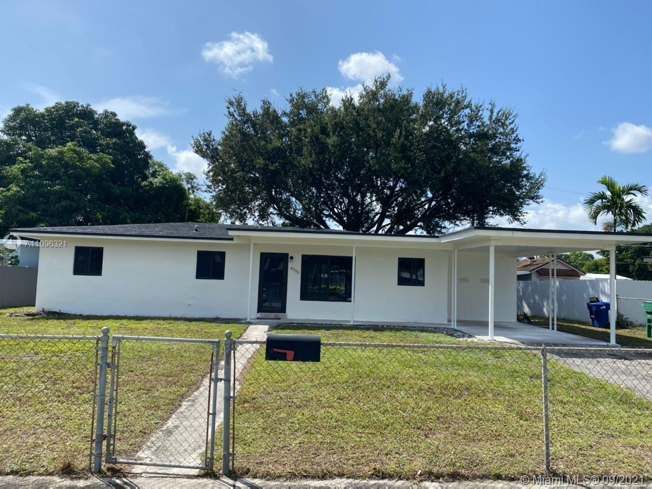 Single Family Home,For Sale,4230 NW 172nd Dr, Miami Gardens, Florida 33055,Brickell,realty,broker,condos near me