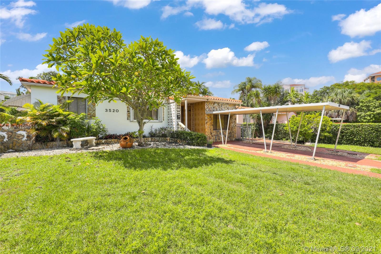 Single Family Home,For Sale,3520 SW 20th St, Miami, Florida 33145,Brickell,realty,broker,condos near me