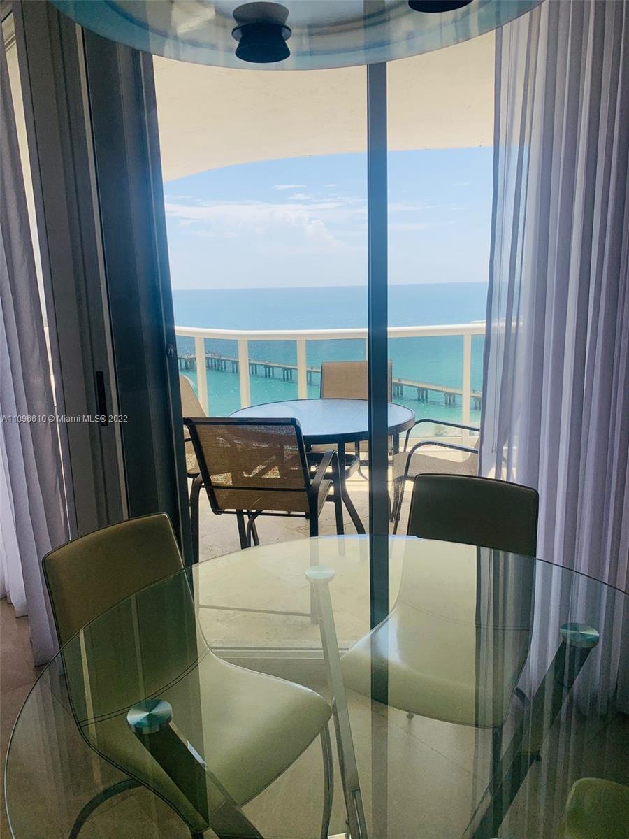 16711 Collins Ave #1403 photo013