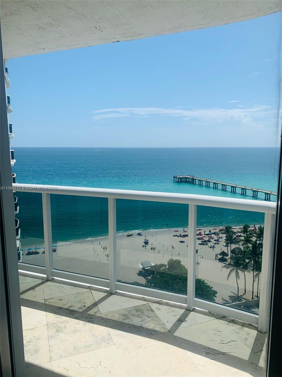 16711 Collins Ave #1403 photo020
