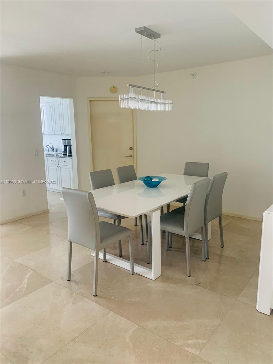 16711 Collins Ave #1403 photo04