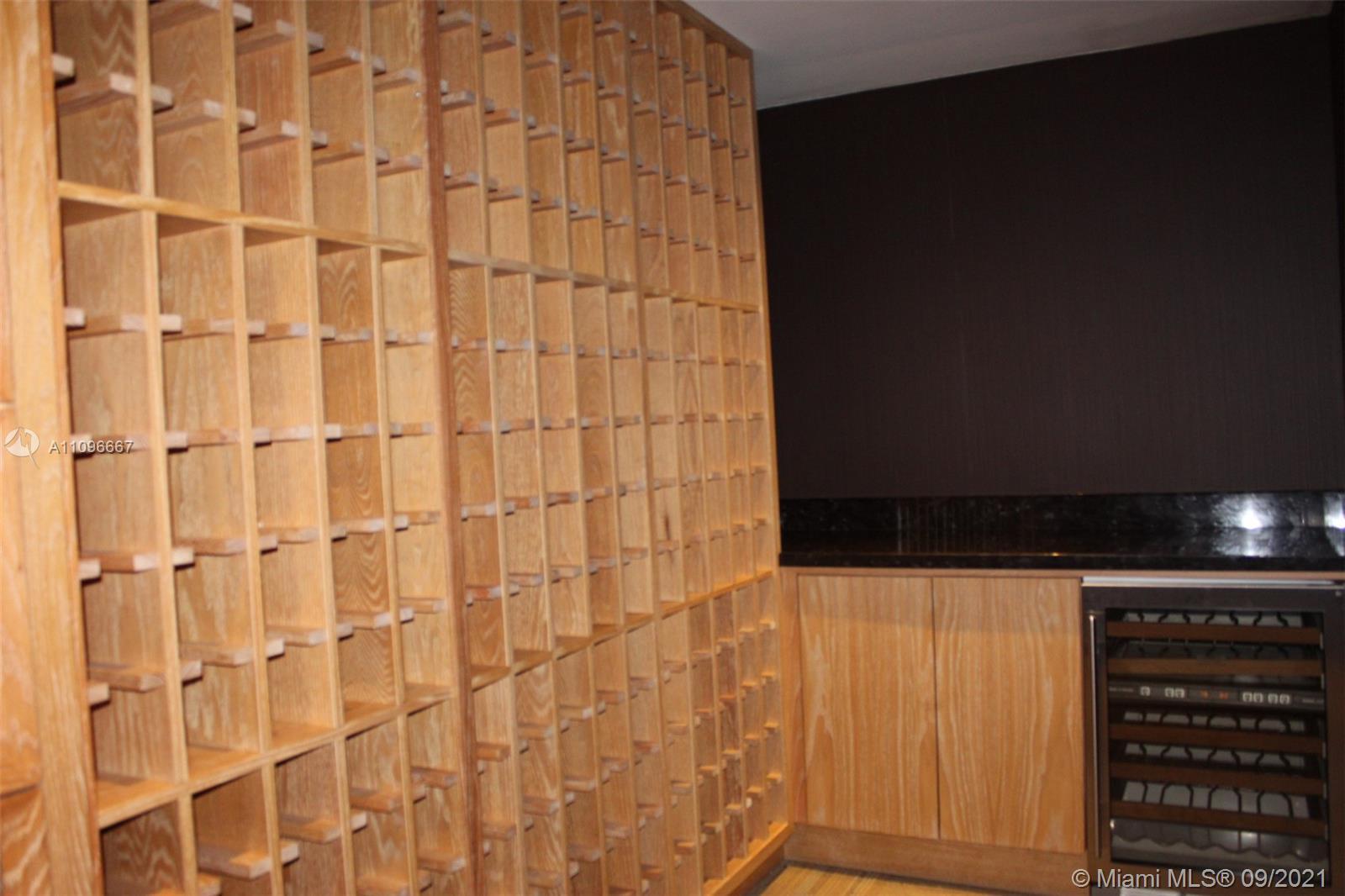 951 NE Brickell Ave #1900 photo030