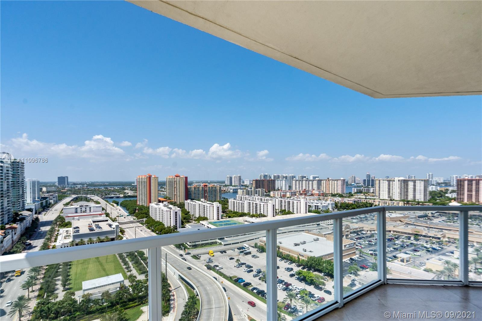 16699 Collins Ave #2308 photo03