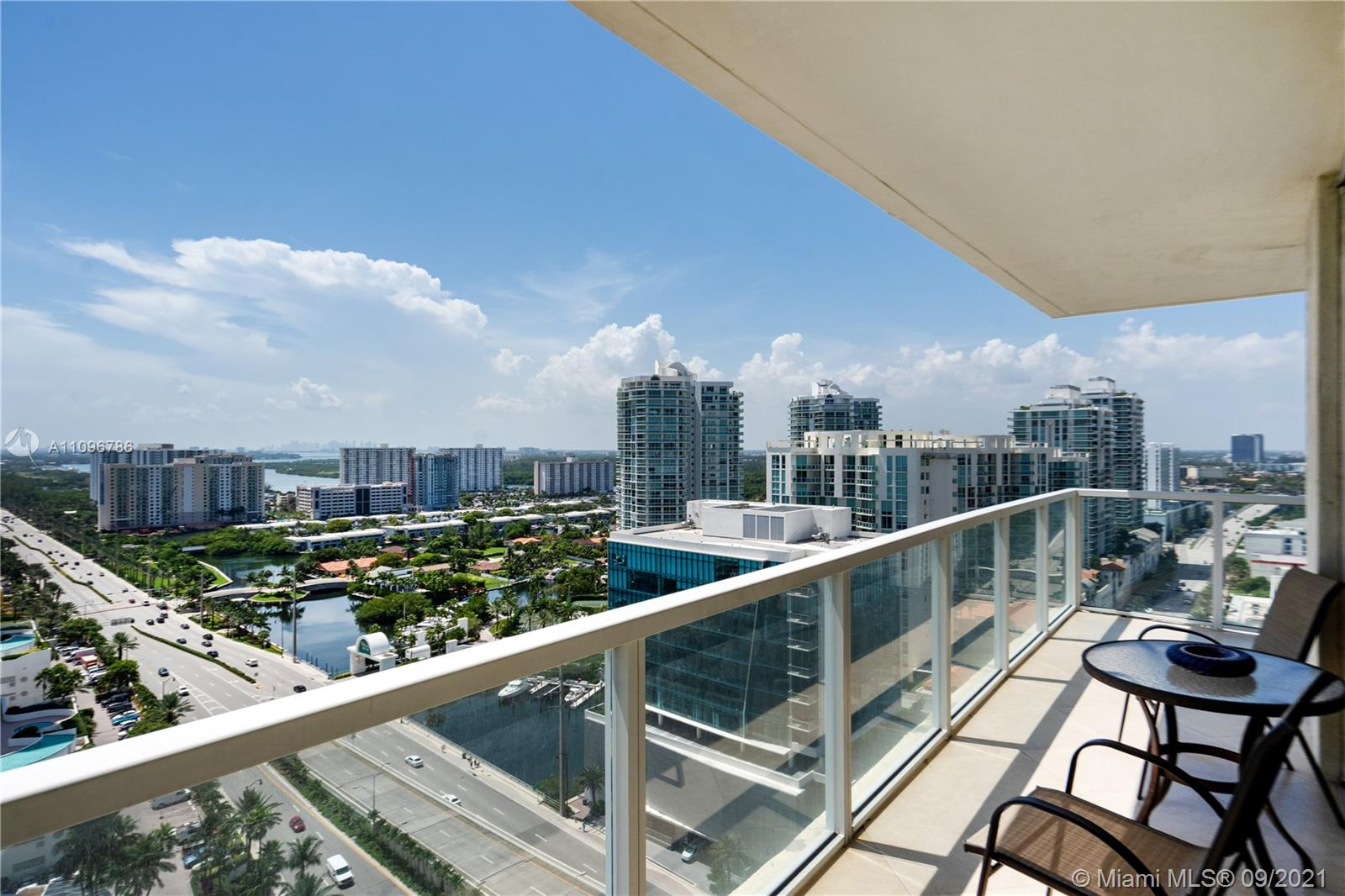 16699 Collins Ave #2308 photo05