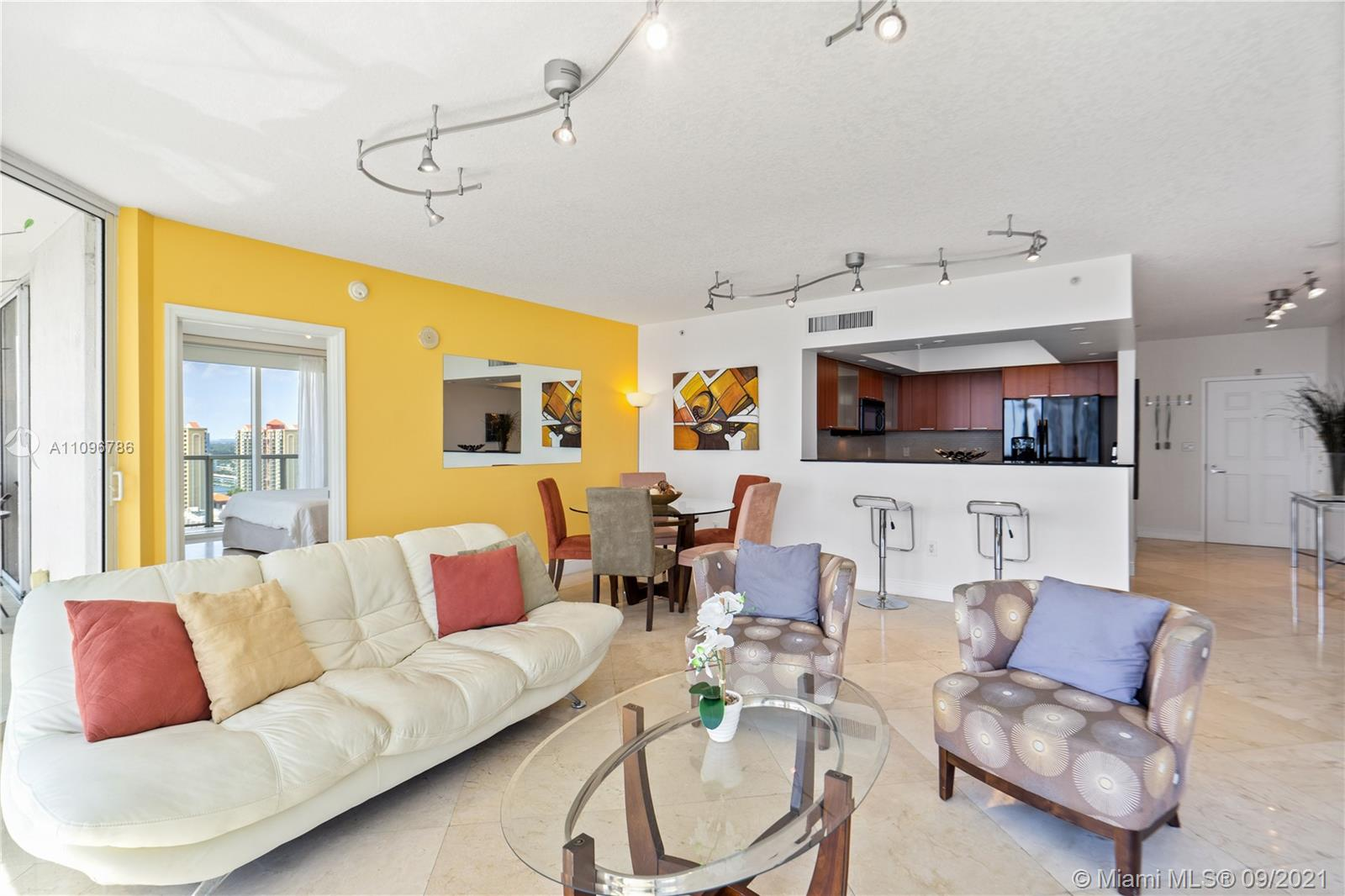 16699 Collins Ave #2308 photo09