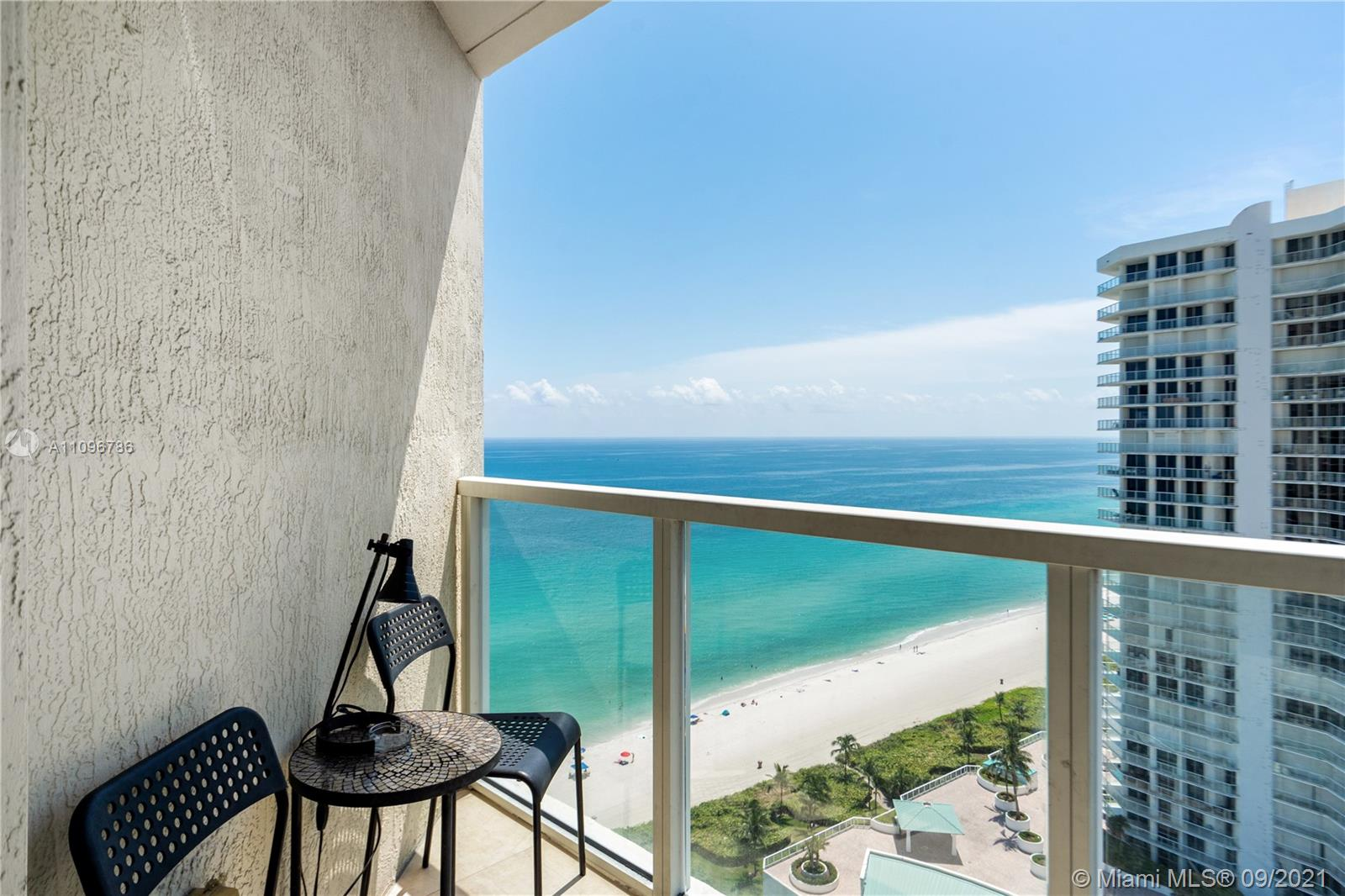 16699 Collins Ave #2308 photo04
