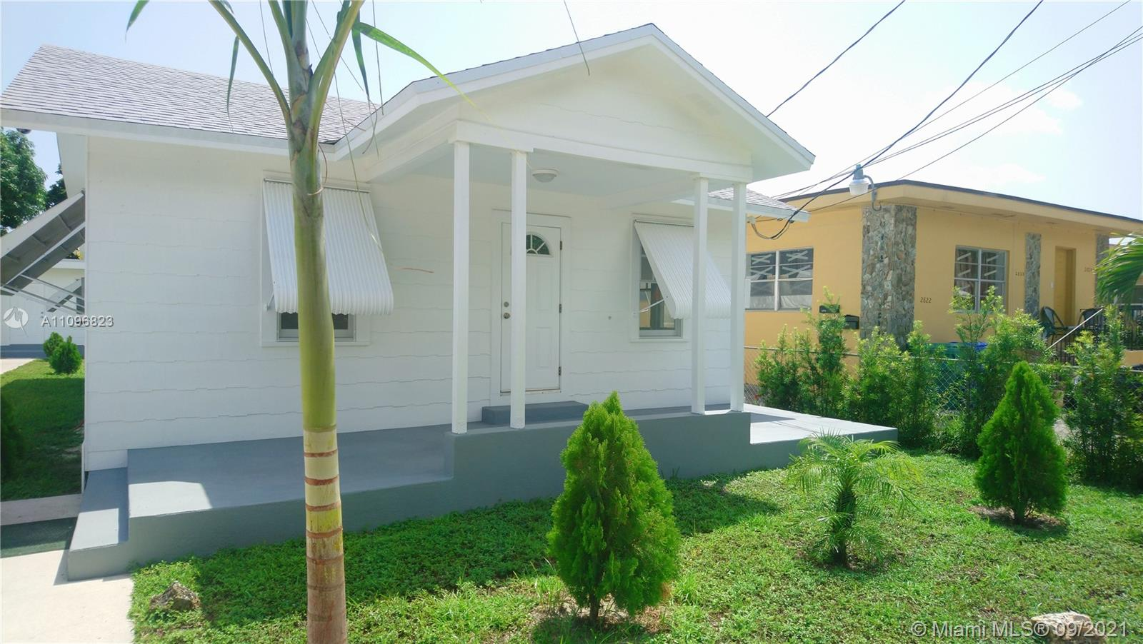 Single Family Home,For Rent,2810 SW 24th Ter, Miami, Florida 33145,Brickell,realty,broker,condos near me