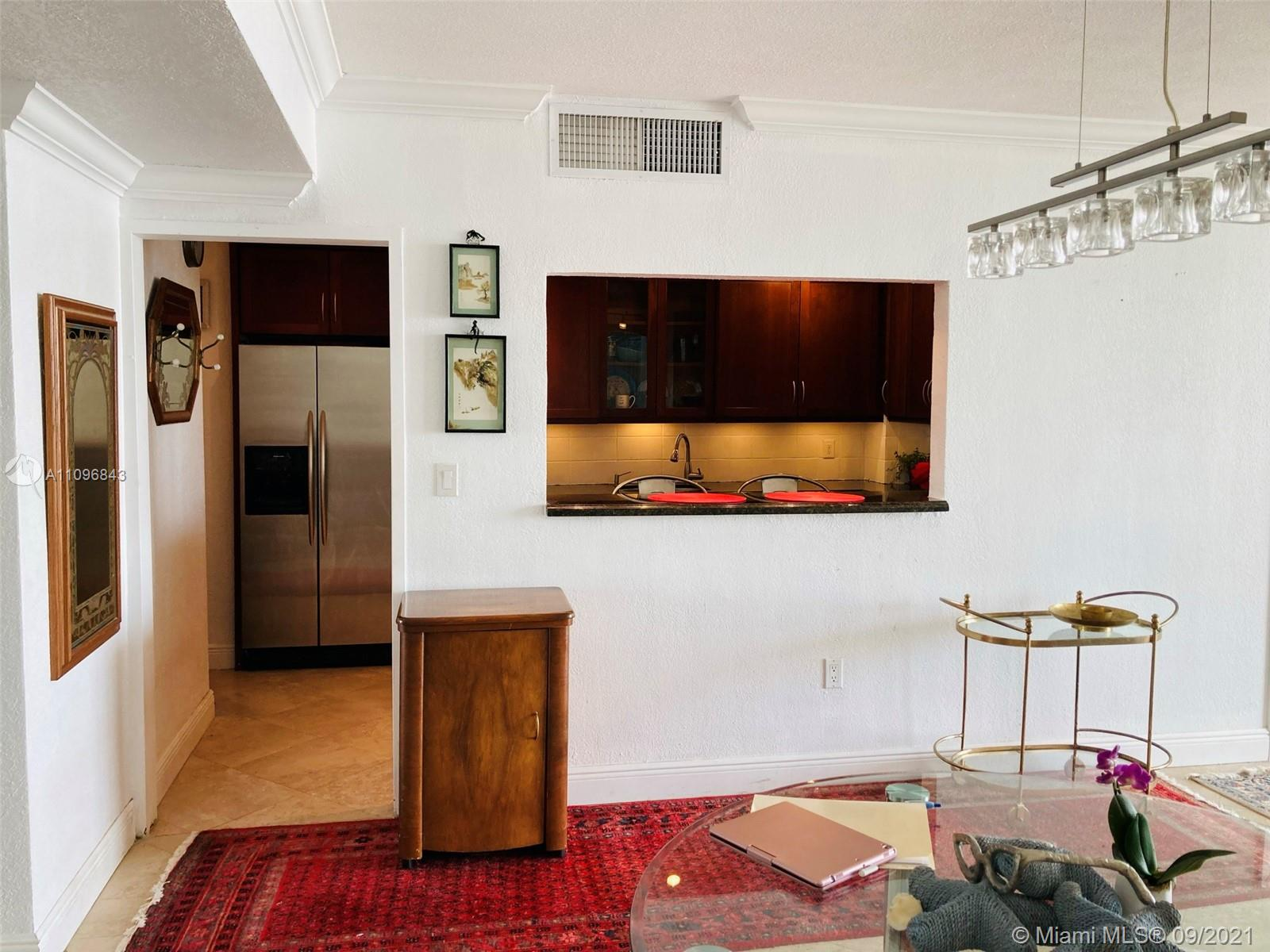 5825 Collins Ave #4K photo05