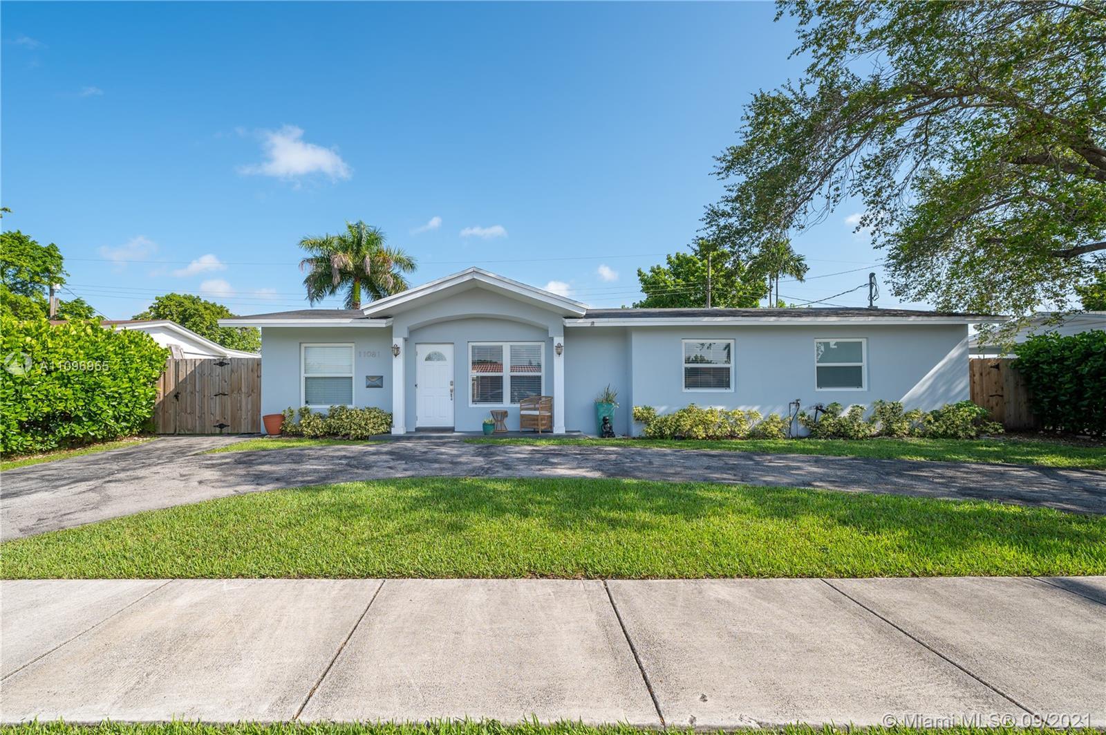 Single Family Home,For Sale,11081 SW 58th Ter, Miami, Florida 33173,Brickell,realty,broker,condos near me