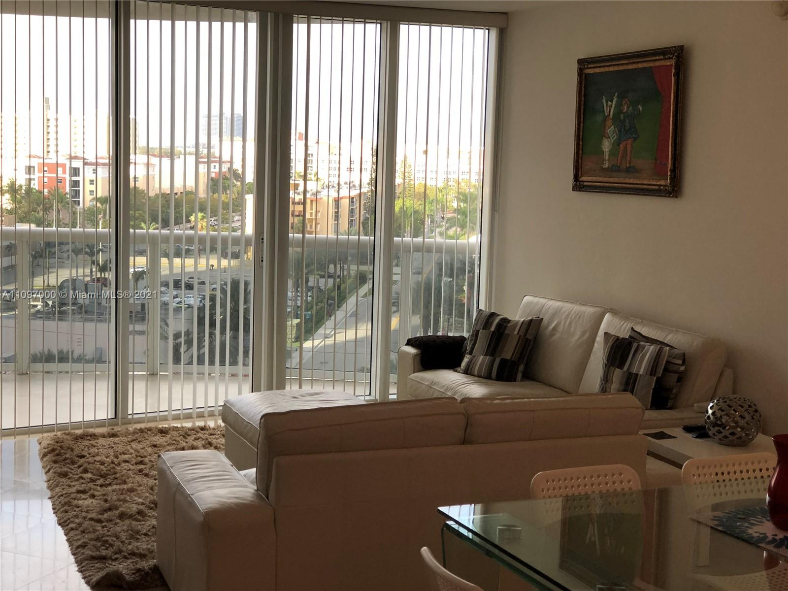 17201 Collins Ave #809 photo06