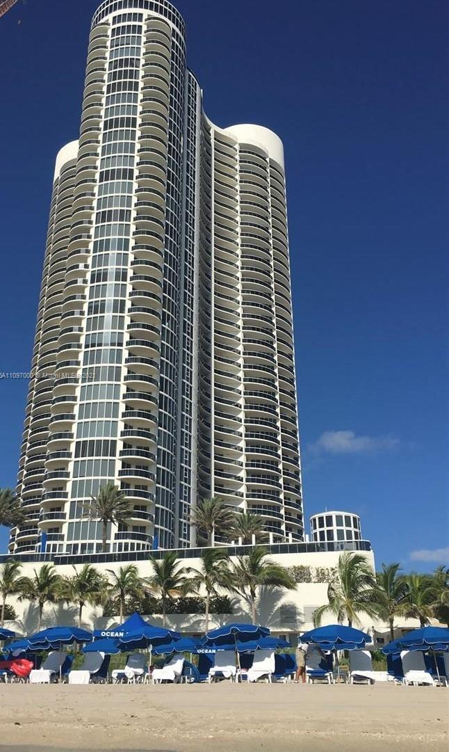17201 Collins Ave #809 photo036