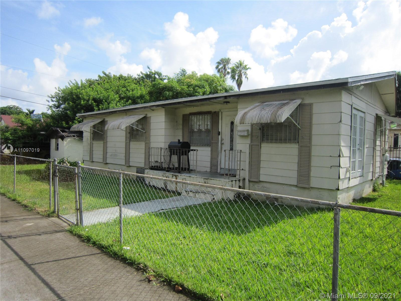 Single Family Home,For Sale,395 NW 81st St, Miami, Florida 33150,Brickell,realty,broker,condos near me