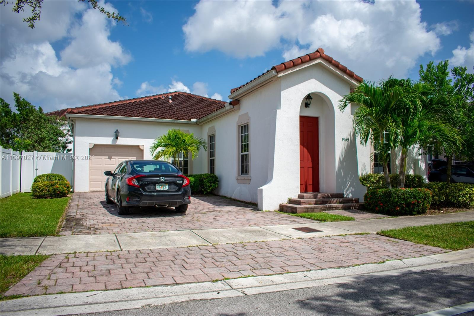 Kendall Commons - 9109 SW 171st Ct, Miami, FL 33196