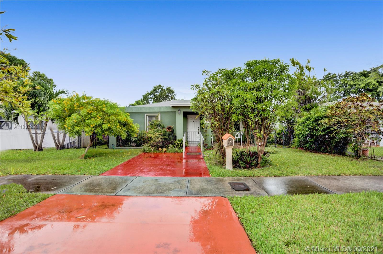 Single Family Home,For Sale,1810 NW 36th Ave, Miami, Florida 33125,Brickell,realty,broker,condos near me