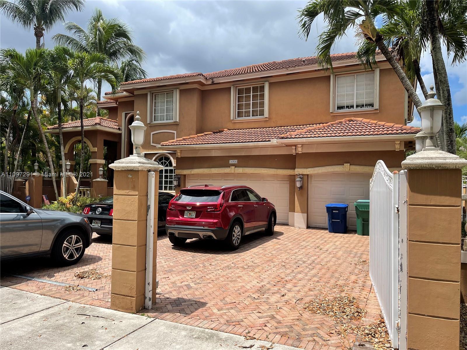 Miami Lakes - 16900 NW 78th Ave, Miami Lakes, FL 33016