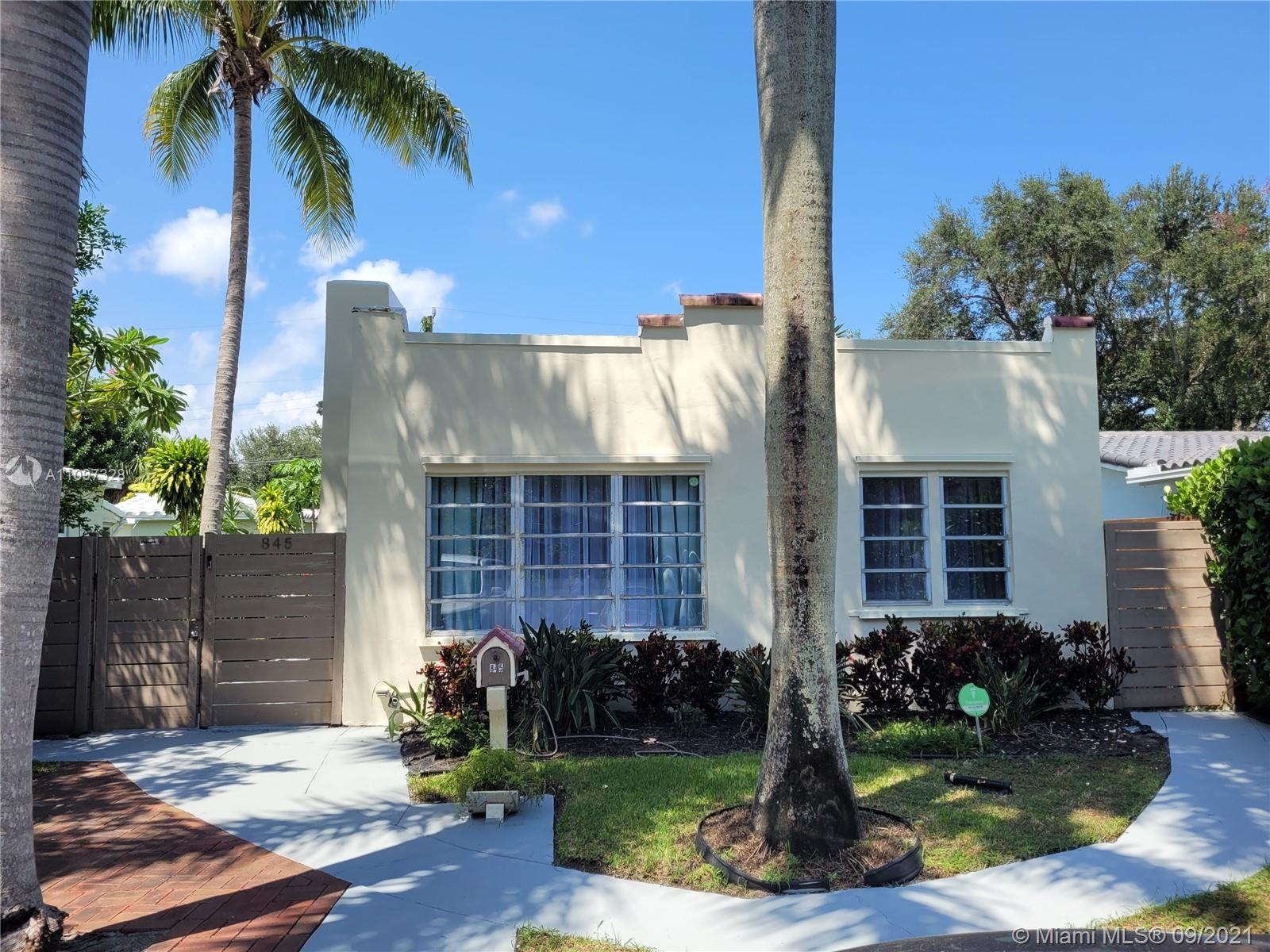 Single Family Home,For Sale,845 NE 119th St, Biscayne Park, Florida 33161,Brickell,realty,broker,condos near me