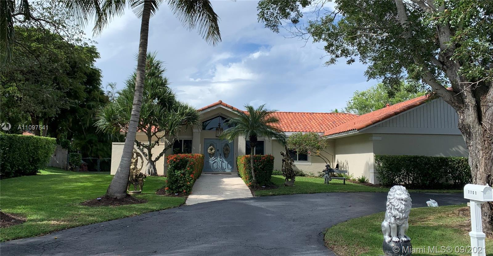 Single Family Home,For Sale,7701 SW 182nd Ter, Palmetto Bay, Florida 33157,Brickell,realty,broker,condos near me