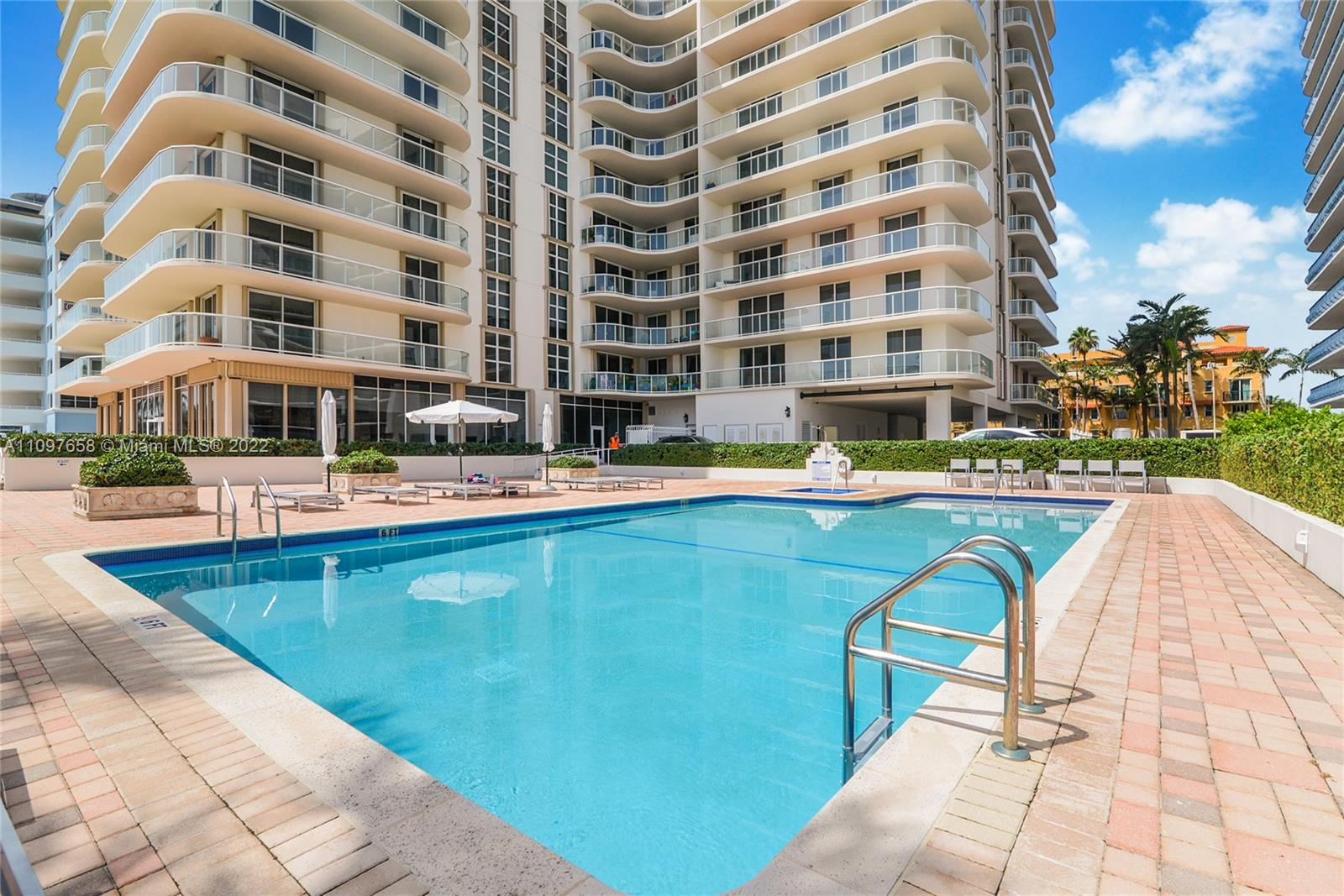 Condo For Sale at Champlain Towers East,Champlain Towers Eas