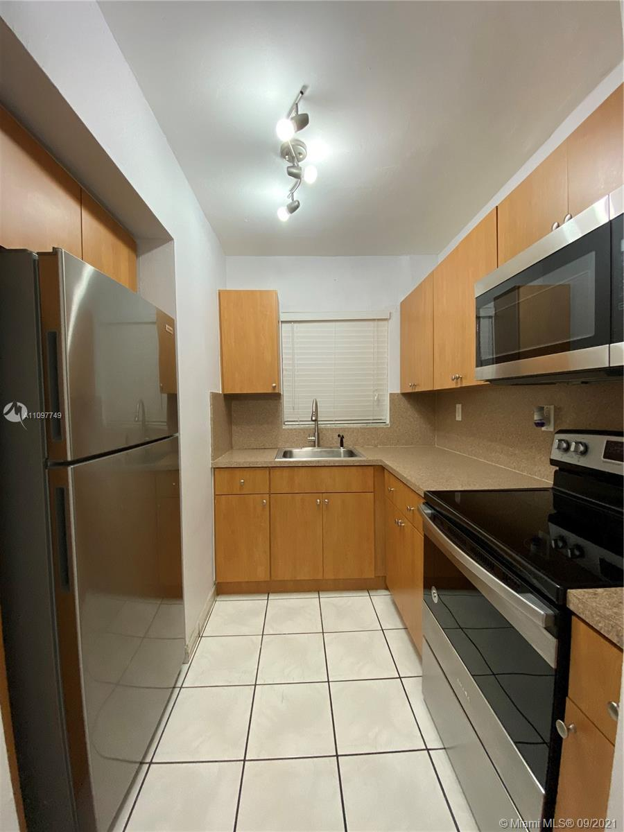Condo For Rent at PALM SPRINGS GARDENS BLDG