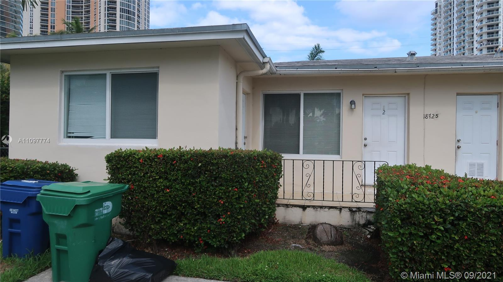 Home For Rent at 1,200 Sqft