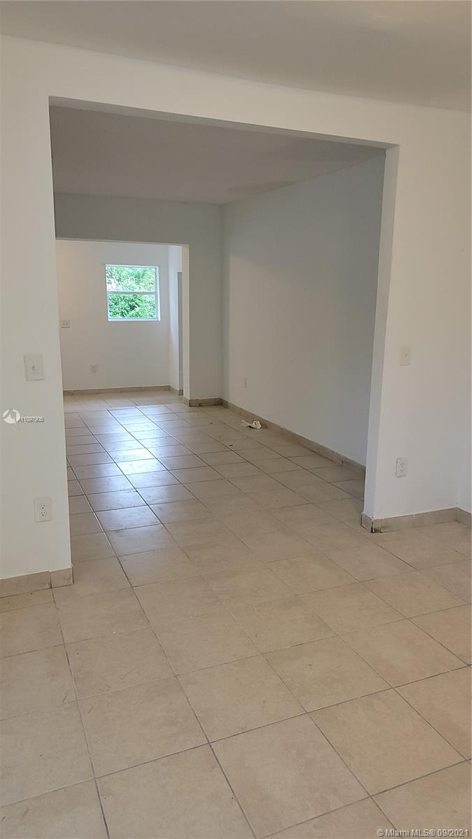 Single Family Home,For Rent,568 NW 43rd St, Miami, Florida 33127,Brickell,realty,broker,condos near me