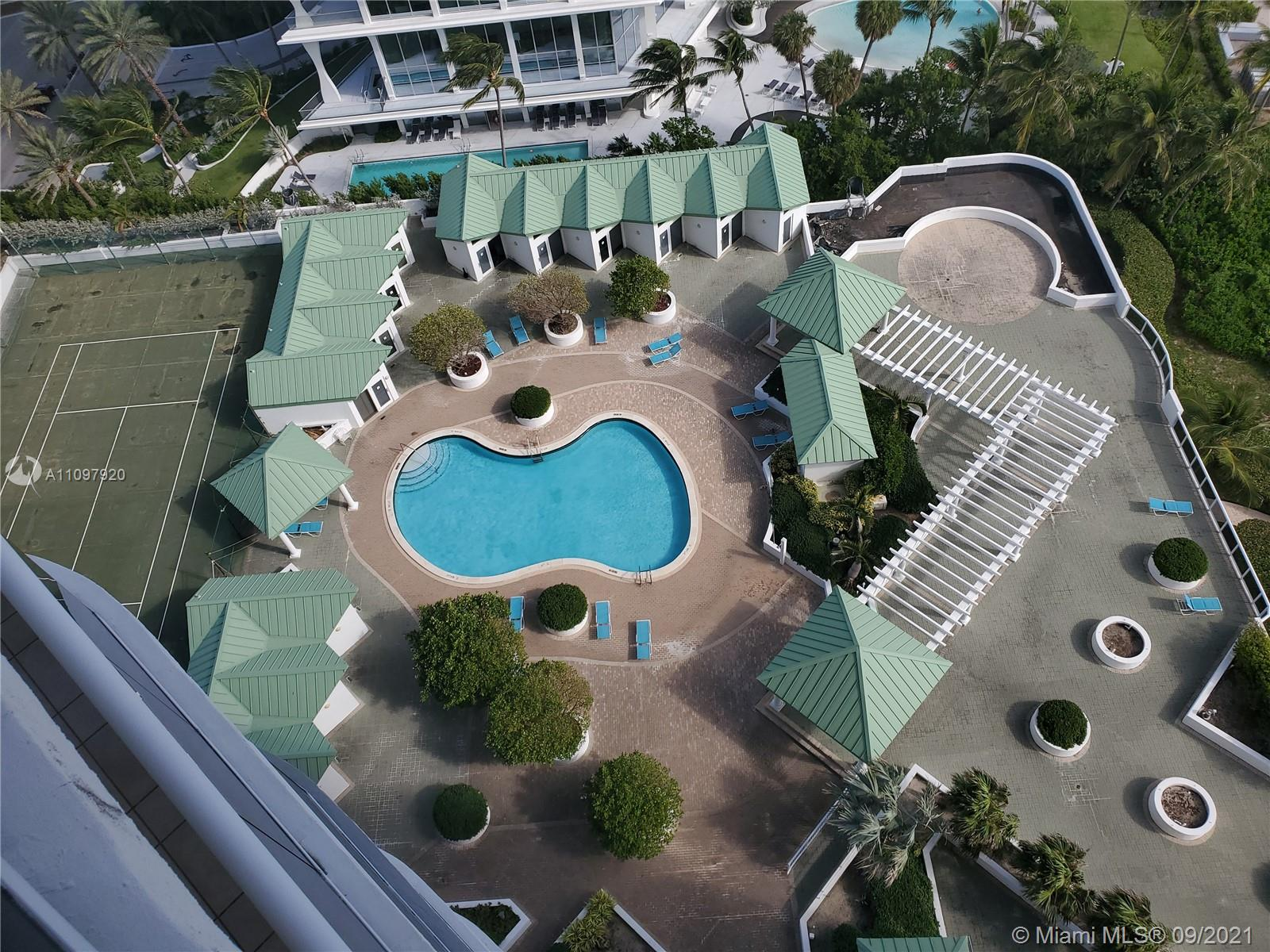 16711 Collins Ave #2206 photo02
