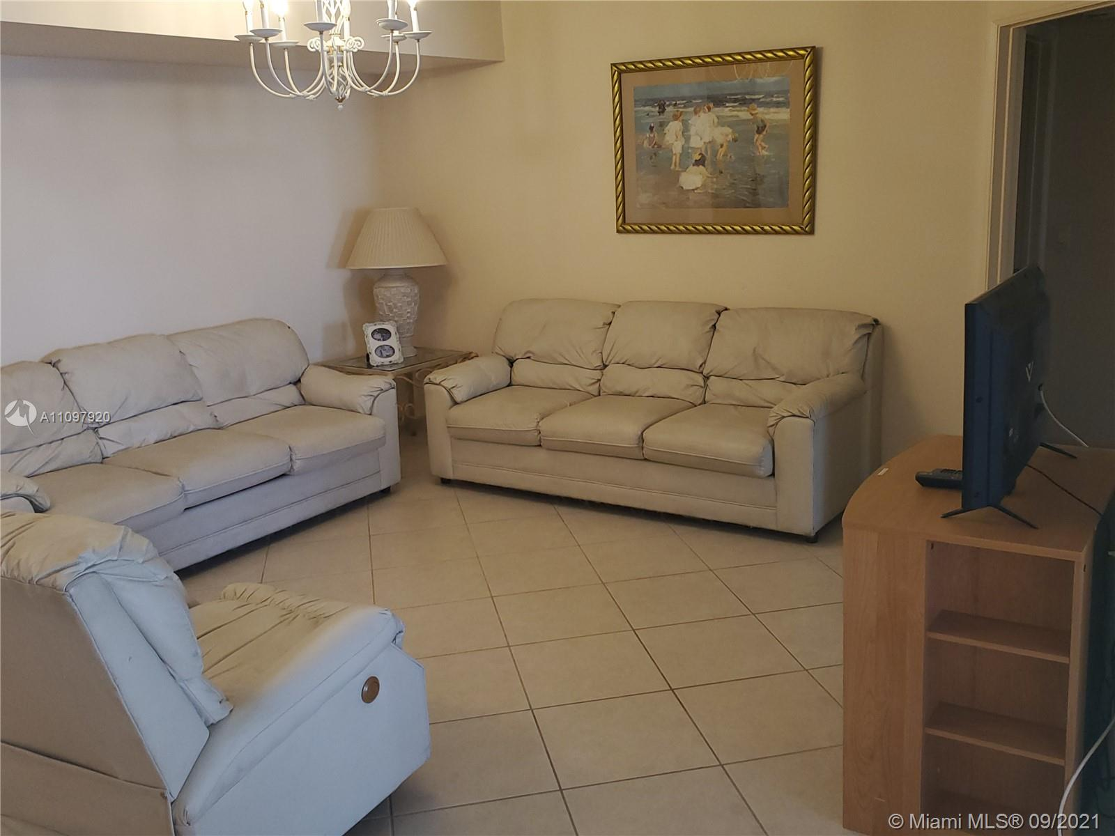 16711 Collins Ave #2206 photo07