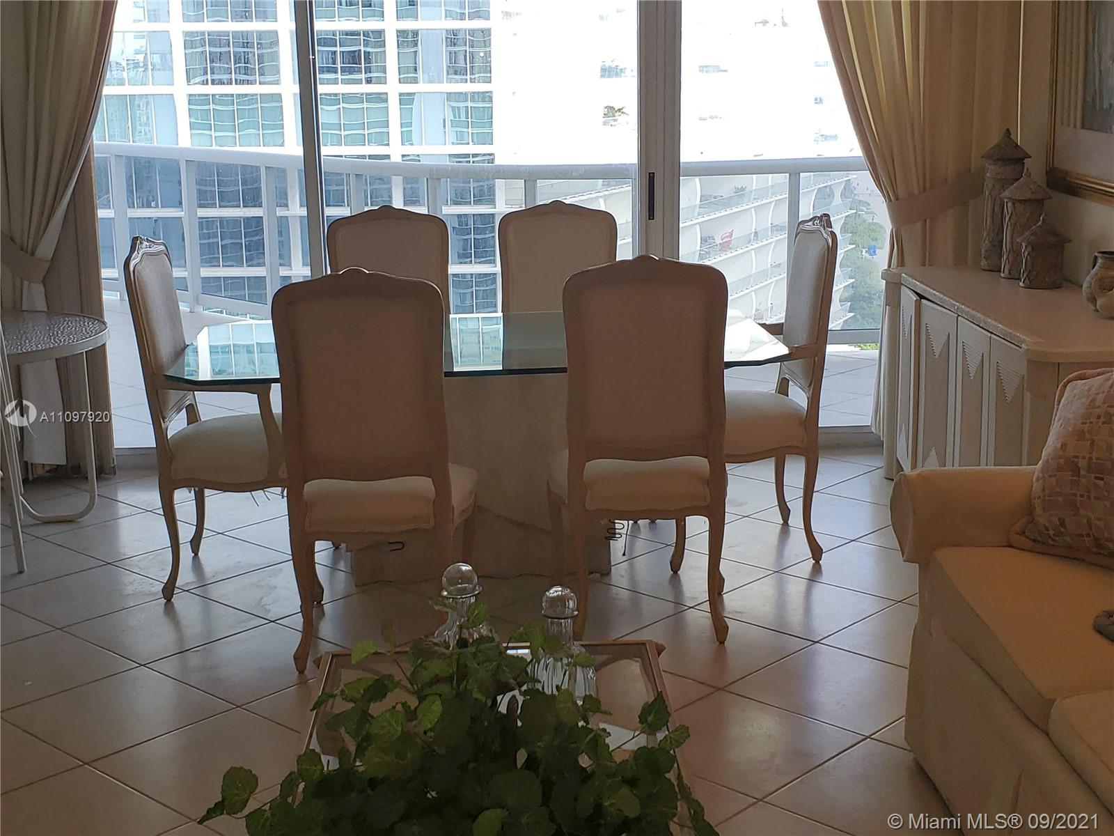 16711 Collins Ave #2206 photo05