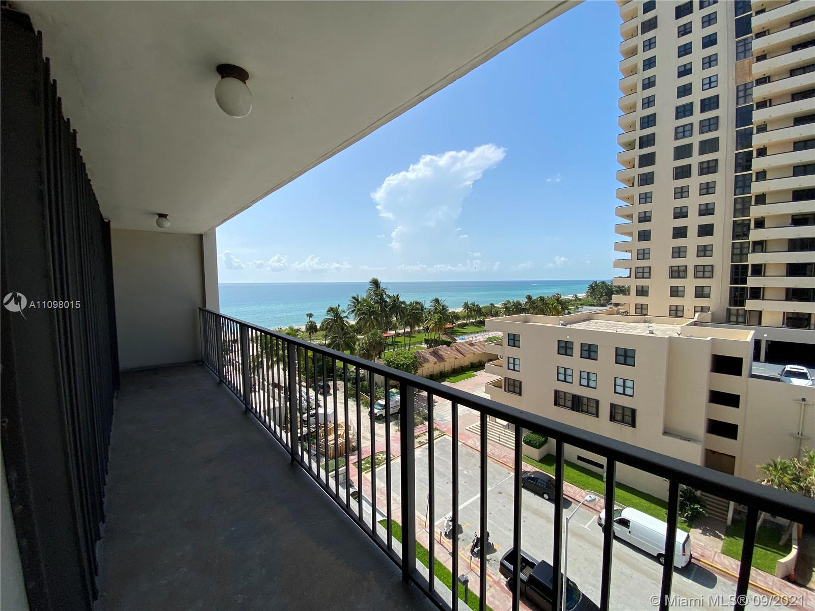 2625 Collins Ave #702 photo07