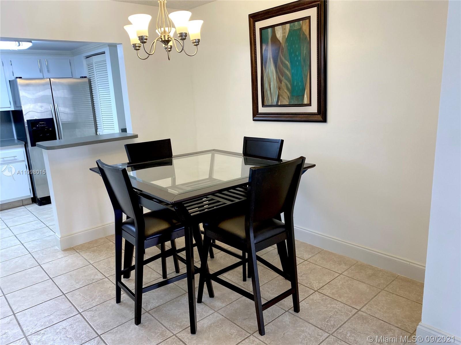 2625 Collins Ave #702 photo011