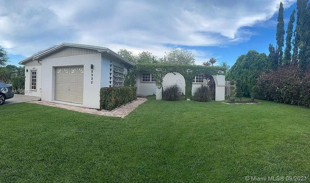 Single Family Home,For Sale,8980 Ridgeland Dr, Cutler Bay, Florida 33157,Brickell,realty,broker,condos near me