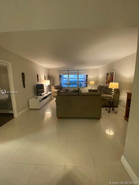 5161 Collins Ave #910 photo017