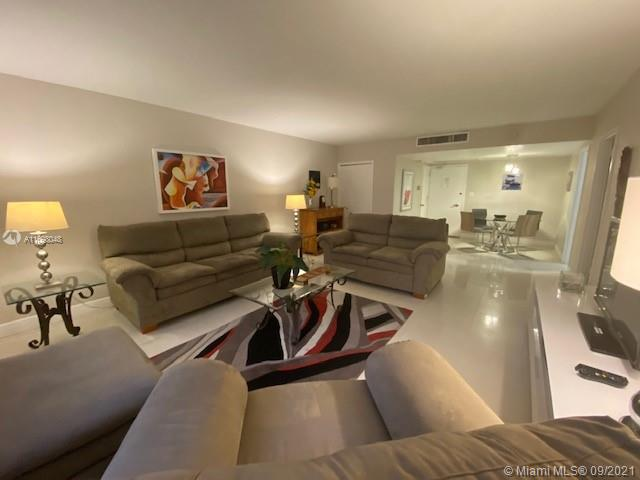 5161 Collins Ave #910 photo022