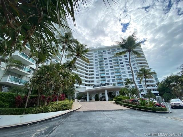 5161 Collins Ave #910 photo01