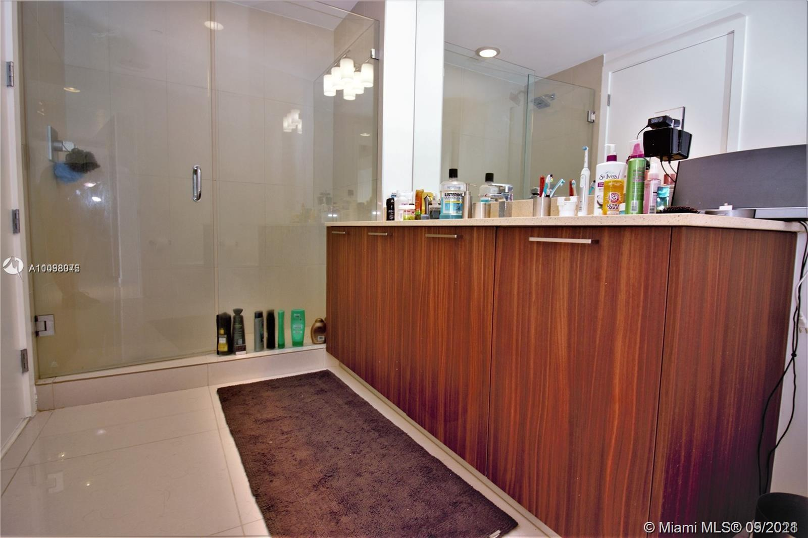 5300 NW 85th Ave #1405 photo09