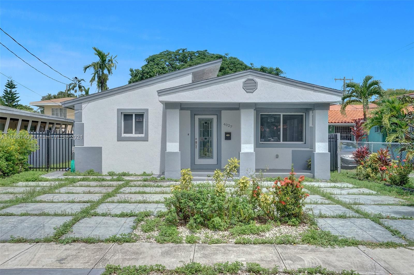 Single Family Home,For Sale,4027 SW 11th St, Coral Gables, Florida 33134,Brickell,realty,broker,condos near me