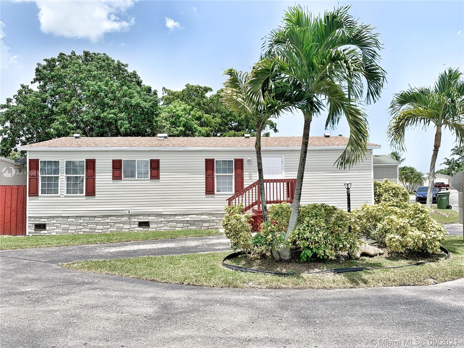 220 NE 12th Ave #89, Homestead, Florida 33030, 2 Bedrooms Bedrooms, ,2 BathroomsBathrooms,Residential,For Sale,12th Ave #89,A11098141