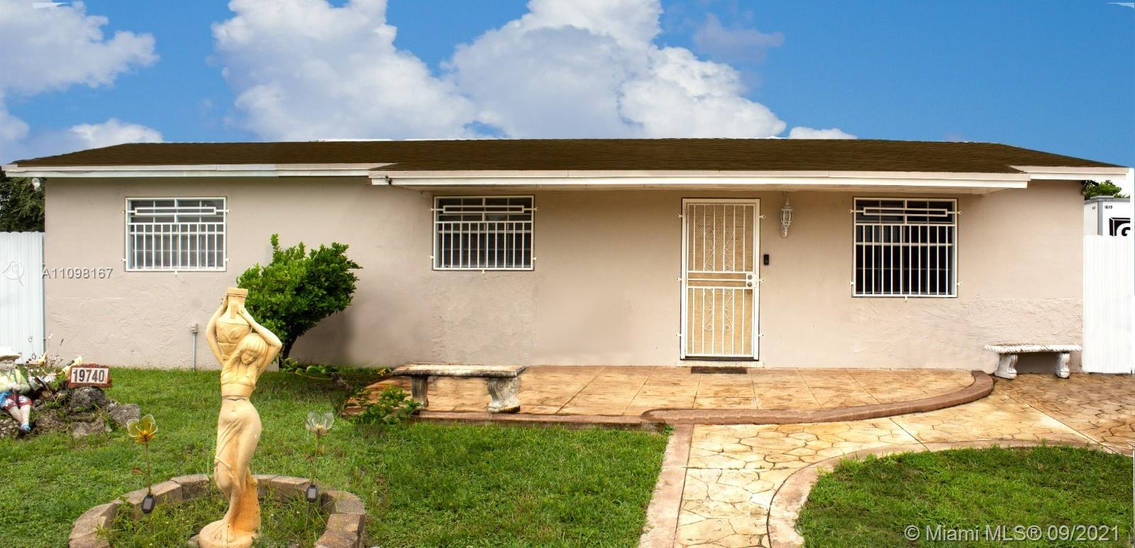 Single Family Home,For Sale,19740 NW 44th Ct, Miami Gardens, Florida 33055,Brickell,realty,broker,condos near me
