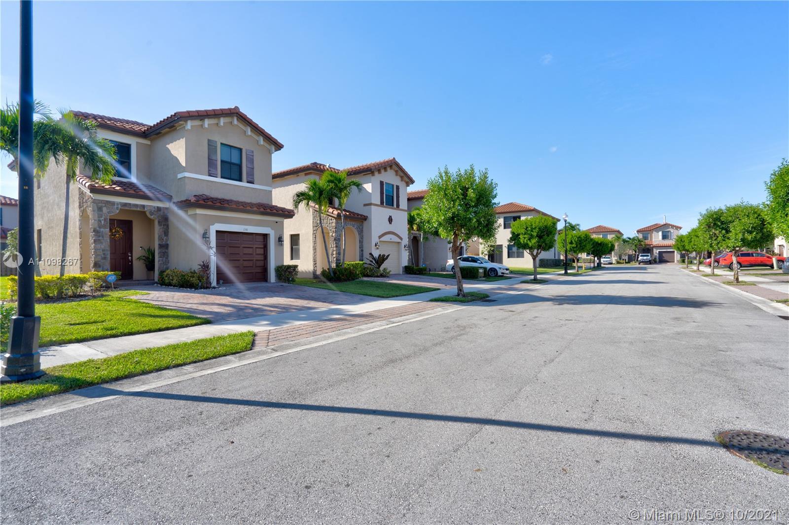 Single Family Home,For Sale,146 NE 37th Pl, Homestead, Florida 33033,Brickell,realty,broker,condos near me