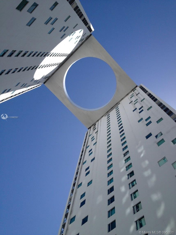 500 Brickell East Tower #3301 - 55 SE 6th St #3301, Miami, FL 33131