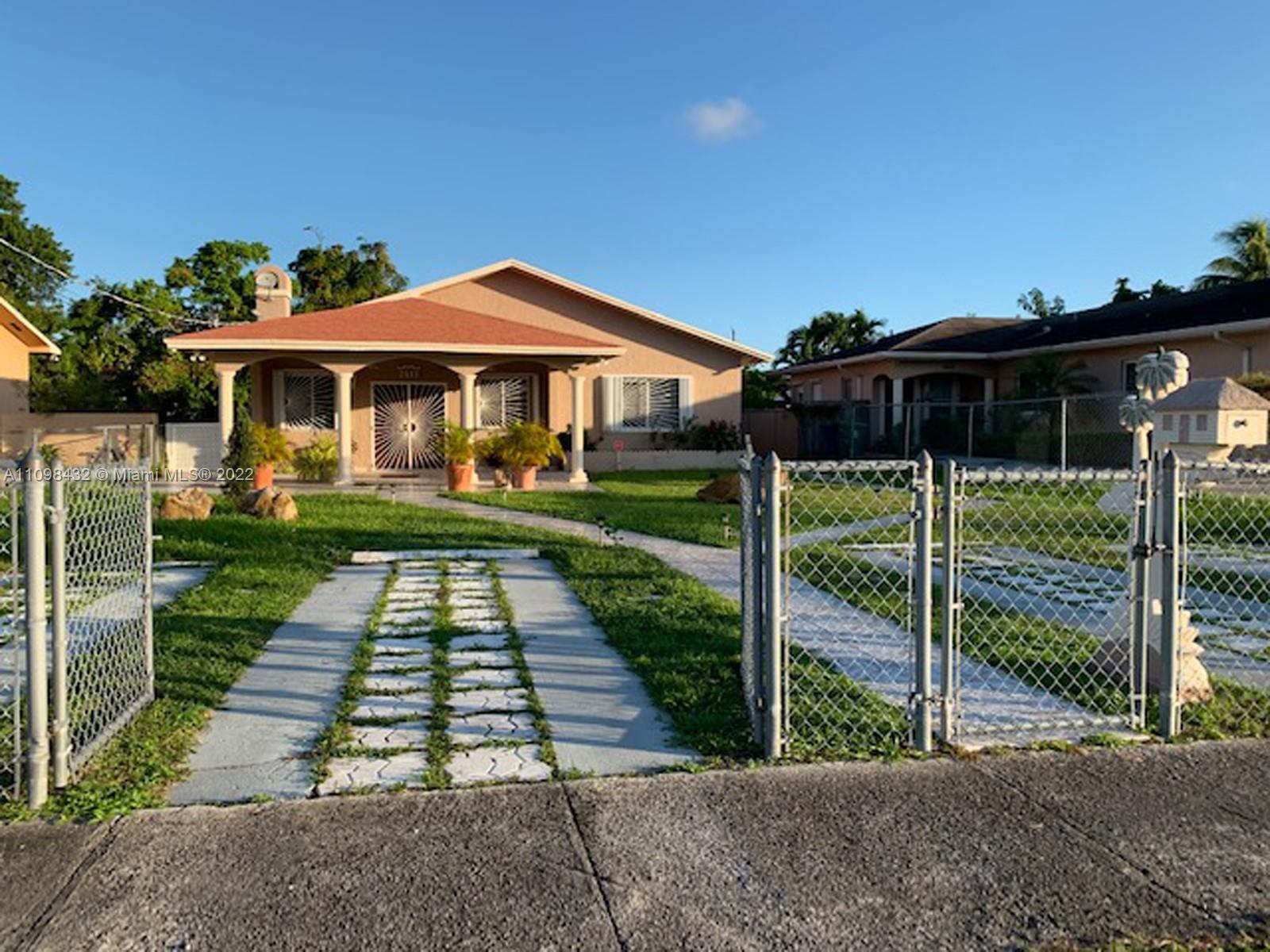 Residential Income For Sale at 3513 Miami