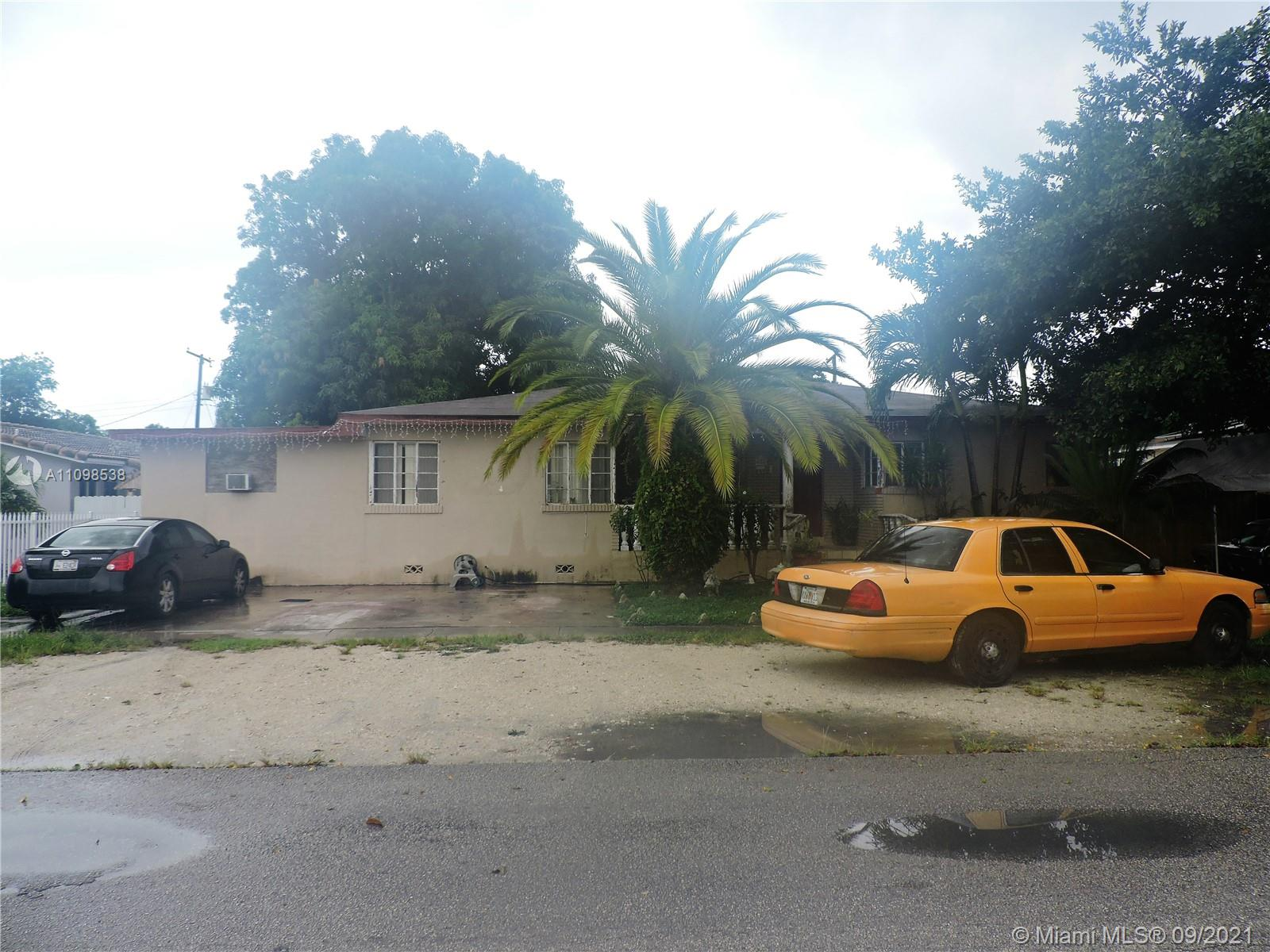 Single Family Home,For Sale,466 E 11th St, Hialeah, Florida 33010,Brickell,realty,broker,condos near me